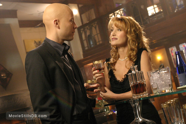 Smallville - Publicity still of Jane Seymour & Michael Rosenbaum