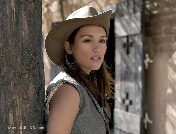 Hard Ground - Promo shot of Amy Jo Johnson