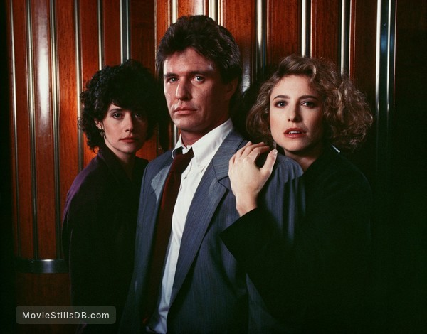 Someone to Watch Over Me - Promo shot of Tom Berenger, Lorraine Bracco & Mimi Rogers