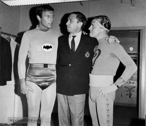 Batman - Behind the scenes photo of Frank Gorshin & Adam West