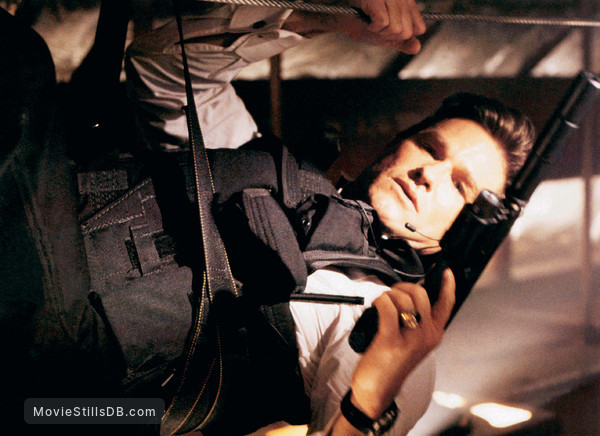Executive Decision - Publicity still of Kurt Russell