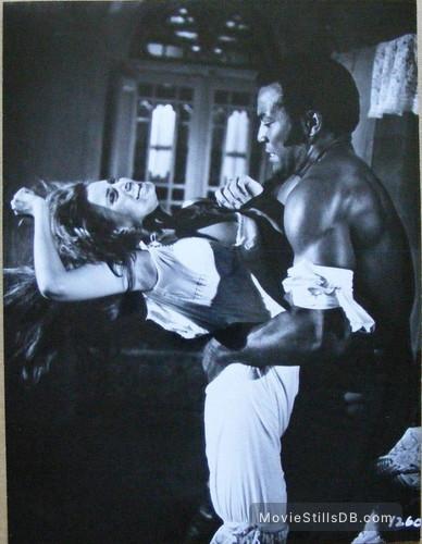 100 Rifles - Publicity still of Raquel Welch & Jim Brown