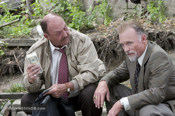 Gone Baby Gone - Publicity still of John Ashton & Ed Harris