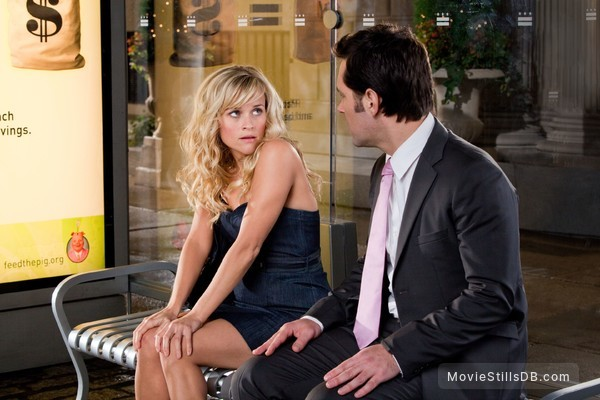 How Do You Know - Publicity still of Reese Witherspoon & Paul Rudd