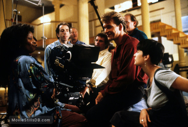 Ghost - Behind the scenes photo of Whoopi Goldberg, Patrick Swayze, Demi Moore & Jerry Zucker