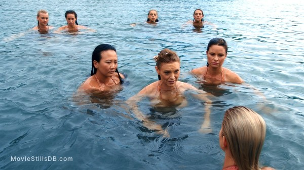 Mako Mermaids - Publicity still of Amy Ruffle, Allie Bertram, Isabel Durant & Natalie Odonnell